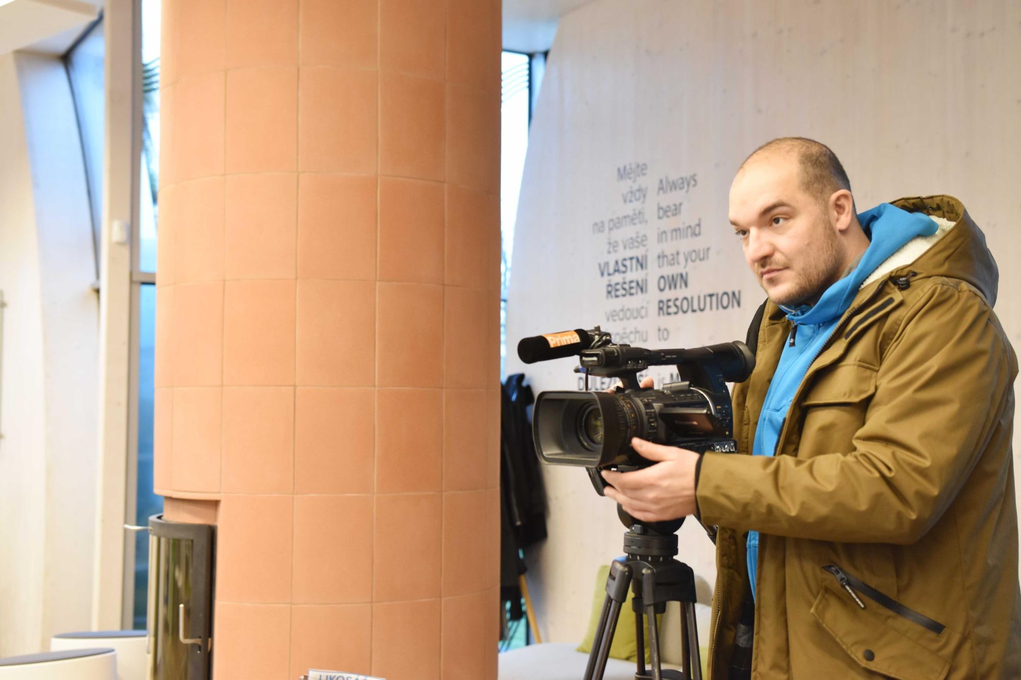 Reportáž o elektronických neschopenkách u nás natáčela TV Prima!