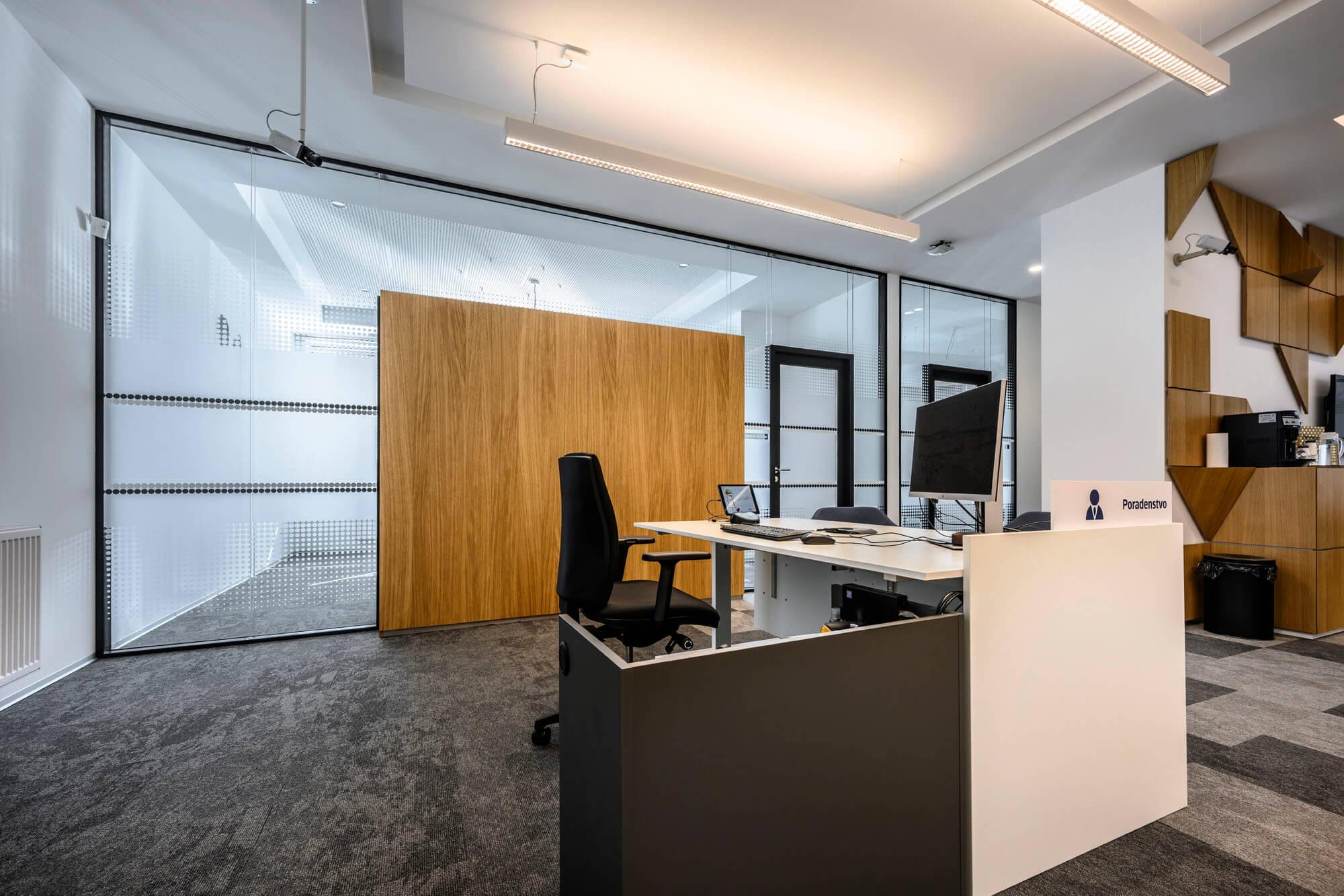 MICRA II je elegantní v každé kanceláři